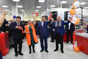 Новый супермаркет «Айгуль» в Нерюнгри ждет своих покупателей. ФОТО