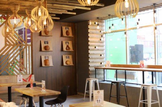 Открытие нового магазина «Челны - хлеб». ФОТО